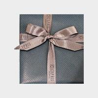 包装紙:ネイビー リボン:ブラウン