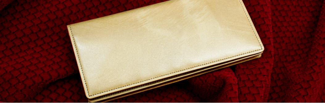 こだわりのキップ牛革「シラサギレザー」を使用したキプリス人気No,1を誇る「シラサギレザーシリーズ」。