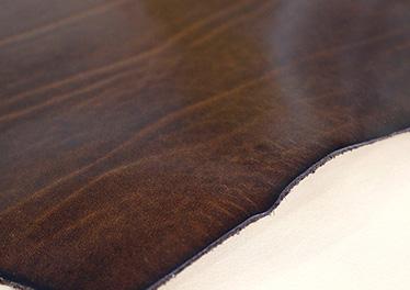革財布キプリスで革の特徴やファッションスタイルに合うアイテムを知る。
